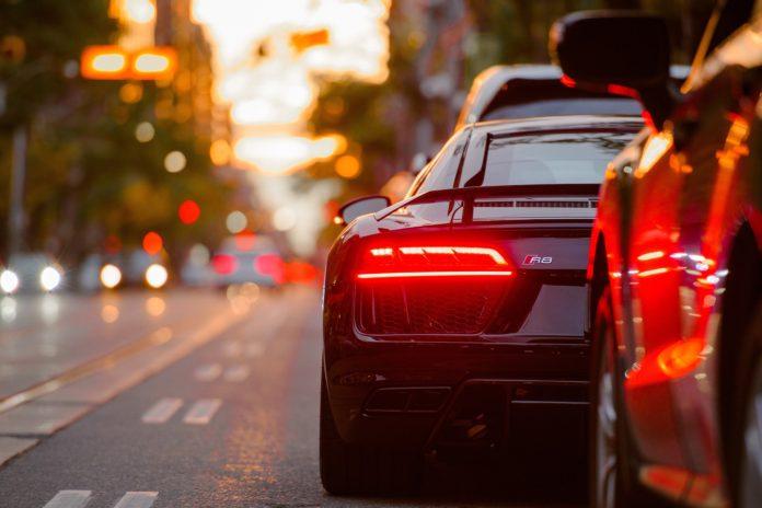 Делаем управление автомобилем более приятным и безопасным